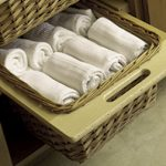 Pull-Out_Wicker_Basket